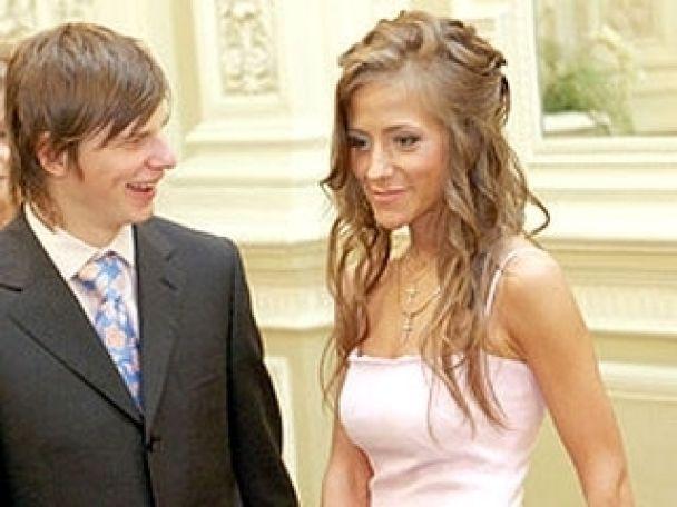 Аршавін не любить жінок за кермом, а його дружина - Лондон