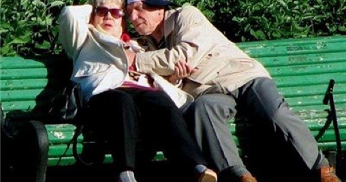 Секс з стареньким дідусем фото фото 501-292
