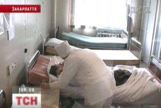 Від епідемії в Західній Україні померли вже 37 людей