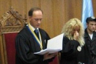 Суддя Окружного суду Києва заробив собі на літак