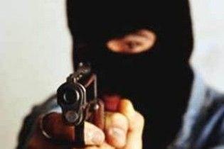 У Харкові невідомі пограбували банк на 100 тисяч гривень