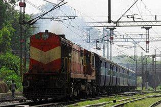 Семеро людей загинули в Індії у залізничній катастрофі