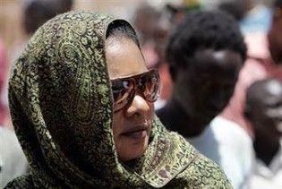 Суданську журналістку оштрафували за носіння брюк