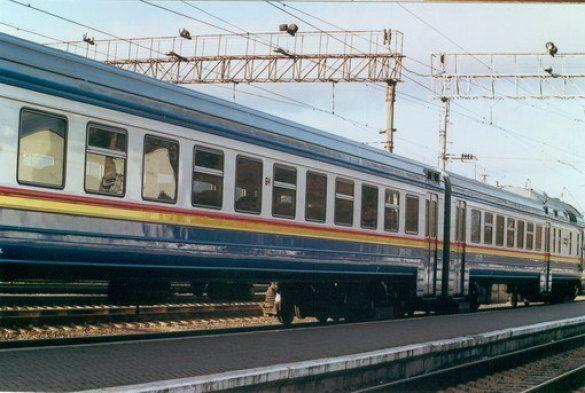 Вагони потягу (Фото: www.obriy.pib.com.ua)