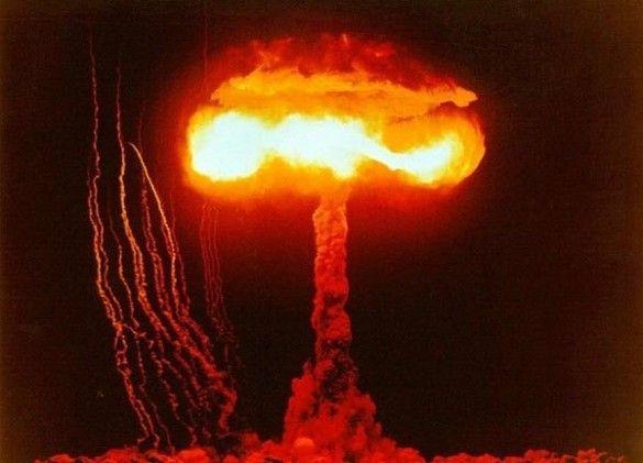Ядерний вибух. Фото gradremstroy.ru