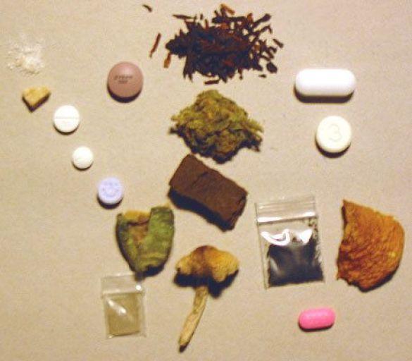 Психоактивні наркотики (Фото: content.answers.com)