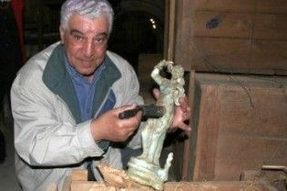Головний єгипетський археолог обіцяє зіпсувати життя західним музеям