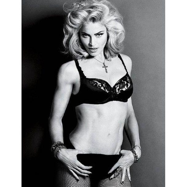 Мадонна витратить 220 тисяч доларів на пластичні операції