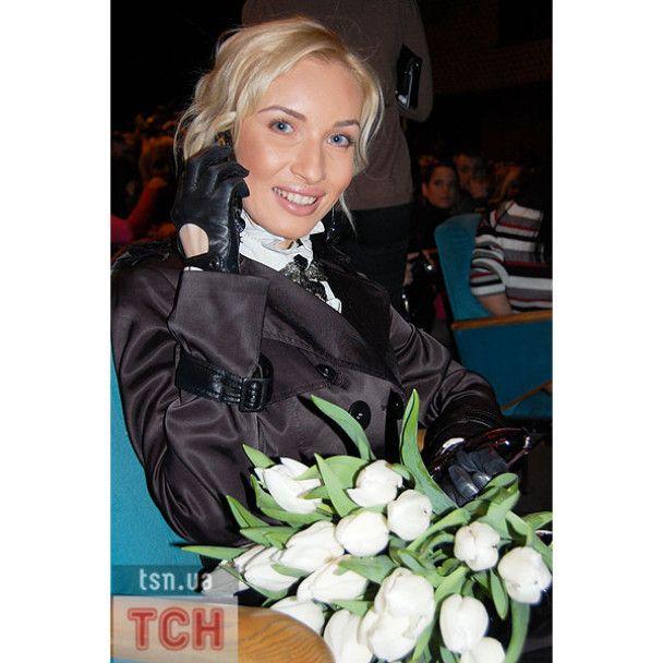 У Києві Лару Фабіан задарували квітами