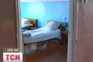 В лікарнях створять платні палати та введуть послуги доглядальниць