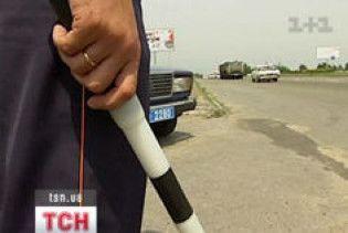 У Луганську п'яний водій розірвав ДАІшнику рота