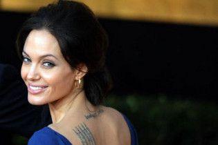Анджеліна Джолі відмовилася зніматися у фільмі Бекмамбетова