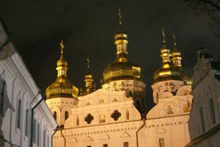Богослужіння з Києво-Печерської лаври транслюватимуть в Інтернеті