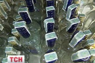 В Україні знову подорожчають алкогольні напої