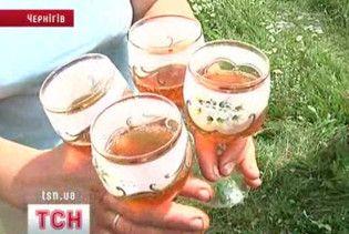 Чернігівський умілець винайшов шампанське з меду