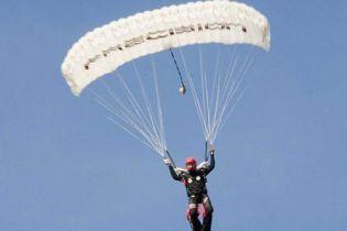 Розбилися парашутисти