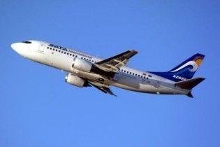 Пасажири літака, що аварійно приземлився в Сімферополі, вилетіли до Санкт-Петербурга