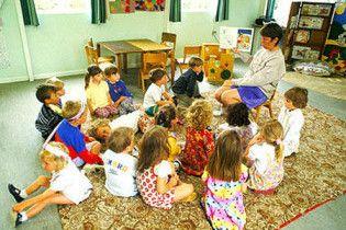 """У Житомирі 6-річний хлопчик """"замінував"""" дитячий садочок"""