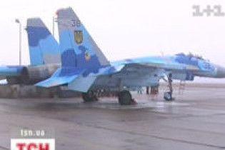 Військові льотчики не літають через кризу