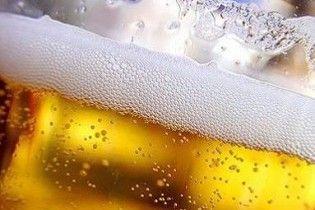 Молода мама напоїла немовля пивом до смерті, щоб не плакало