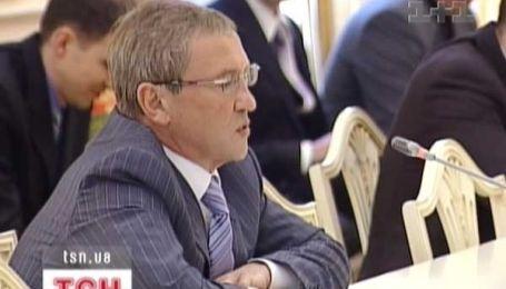 Черновецький просить прихисту у Москви