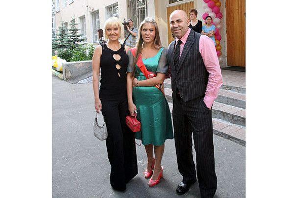 Валерія з донькою відгуляли випускний
