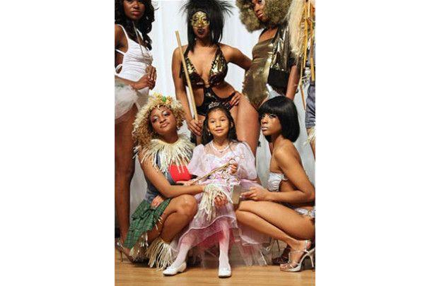 Еротичне шоу зачісок в Атланті: Кріс Рок і моделі в нижній білизні