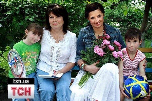 Співачка Gallina відвідала кілька дитячих будинків