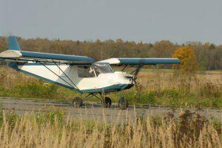 На Буковині селянин розбився під час випробувань саморобного літака