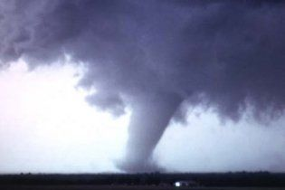 США готуються до торнадо