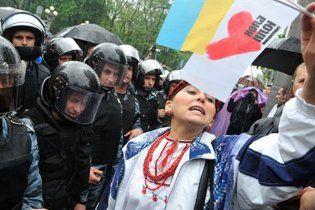 Опозиції заборонили мітингувати під час звернення Януковича до народу