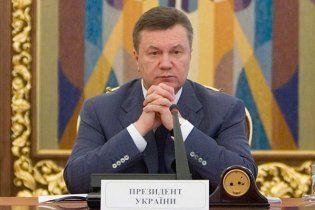 Навчальний рік в Криму розпочнуть з передвиборчої програми Януковича
