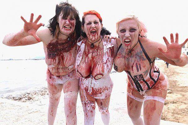 Зомбі вийшли на пляж у Каннах