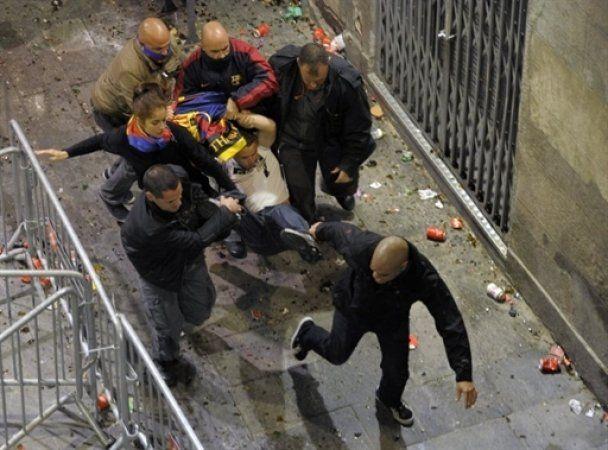 """Святкування """"Барселони"""" завершились погромами і бійками"""
