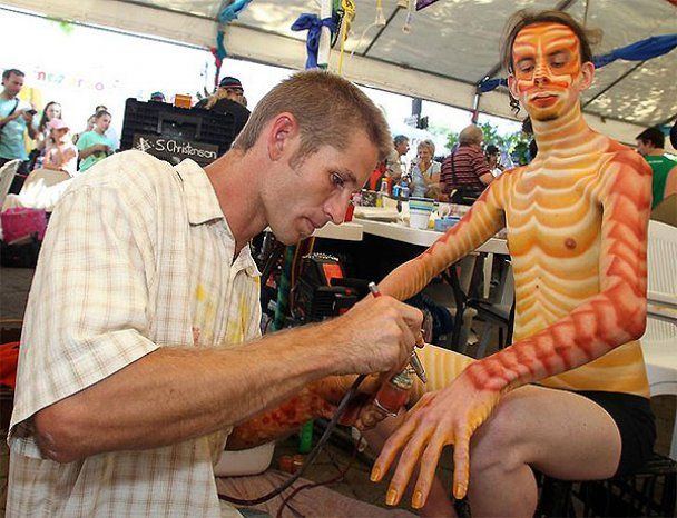 Мистецьке свято боді-арту в Австралії