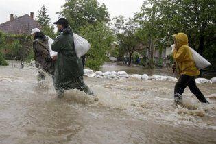 Рівень води у Віслі досяг критичного рівня: Варшава готова до евакуації