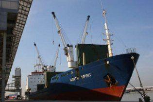 Пірати звільнили двох росіян, викрадених біля берегів Камеруну із судна North Spirit