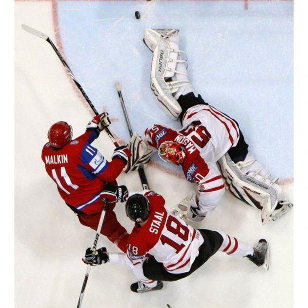 Росія 5:2 Канада. Фотозвіт