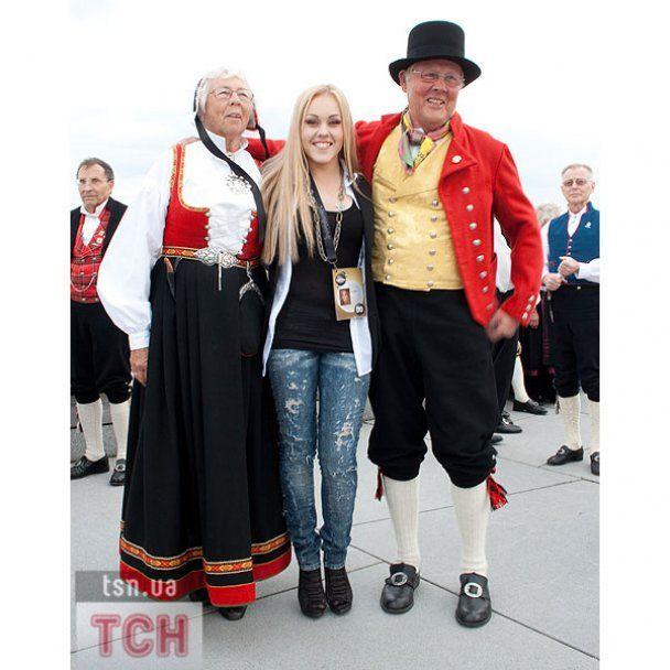 У Норвегії Alyosha ходить по вечірках