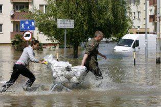 На Варшаву обрушилася буря: метро у воді, частина міста – без електроенергії