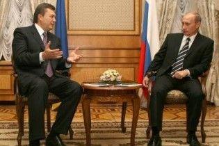Путин поздравил Януковича с победой на выборах