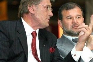 Ющенко всьоме зібрався звільняти Балогу