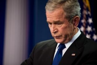 Буш призвал Россию вывести свои войска