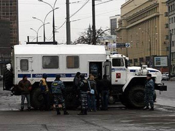 Московський ОМОН готується до тяжкого робочого дня