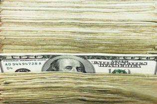 НБУ на міжбанку цього року продав 3 млрд. доларів