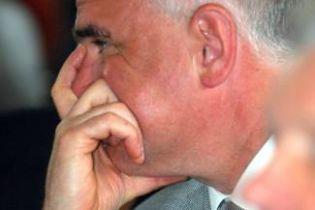 Портнов хоче позбутися представника президента у ВР