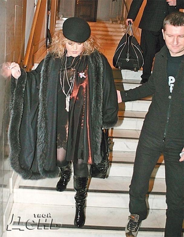 Алла Пугачова розплакалась на прощальному концерті