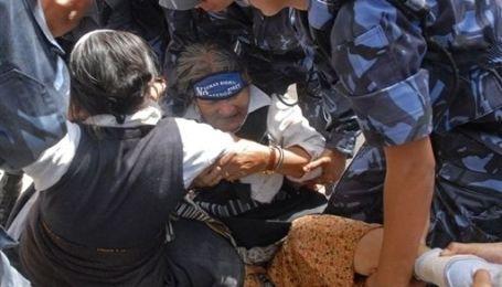 У Непалі затримано більше 600 жінок