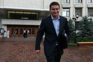Андрій Ющенко захистив диплом на четвірку