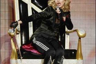 Мадонна сравнила Маккейна с Гитлером и Мугабе